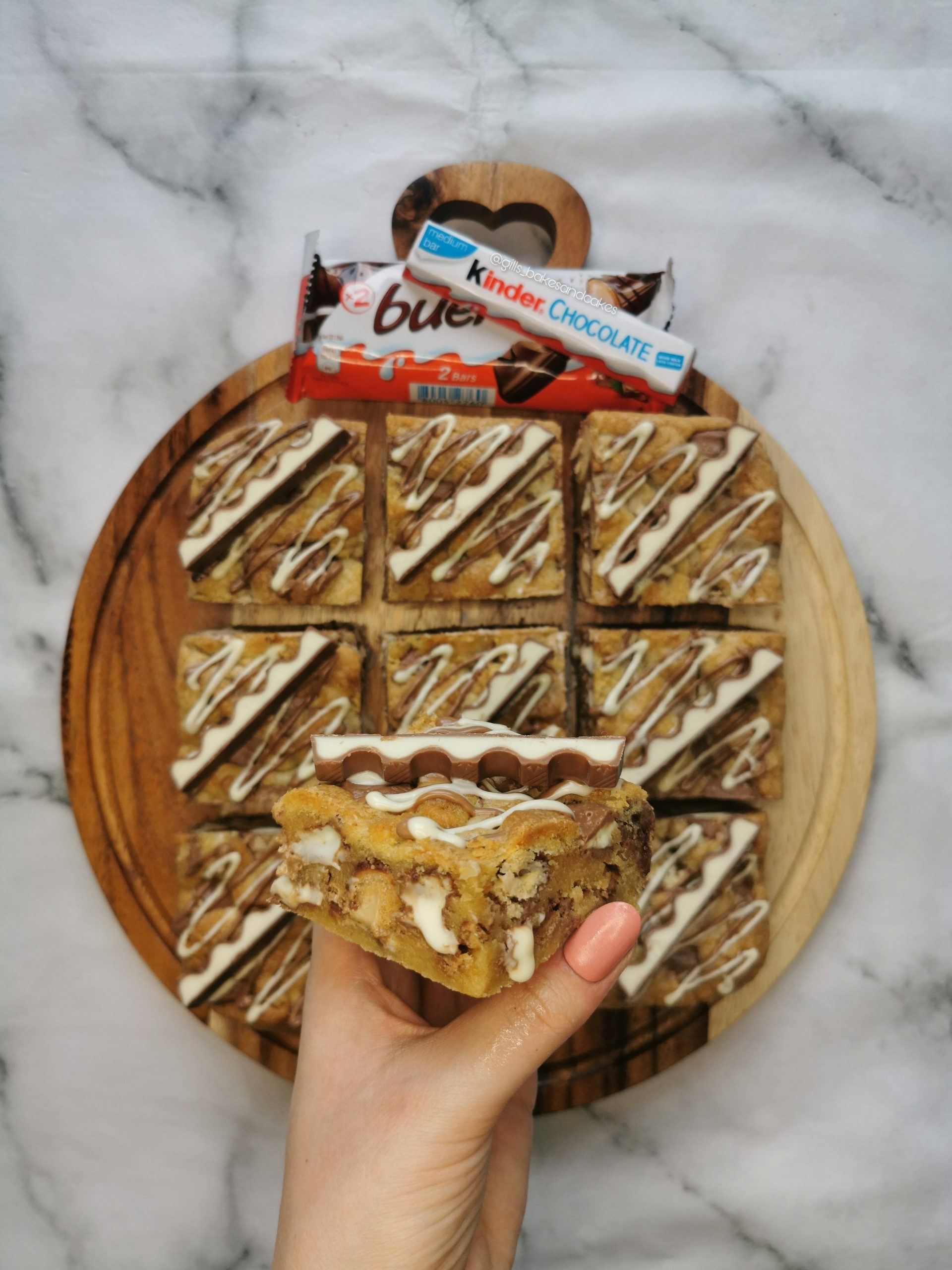 Kinder Cookie Bars