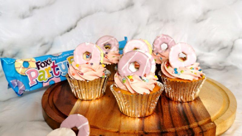 Vanilla Party Ring Cupcakes