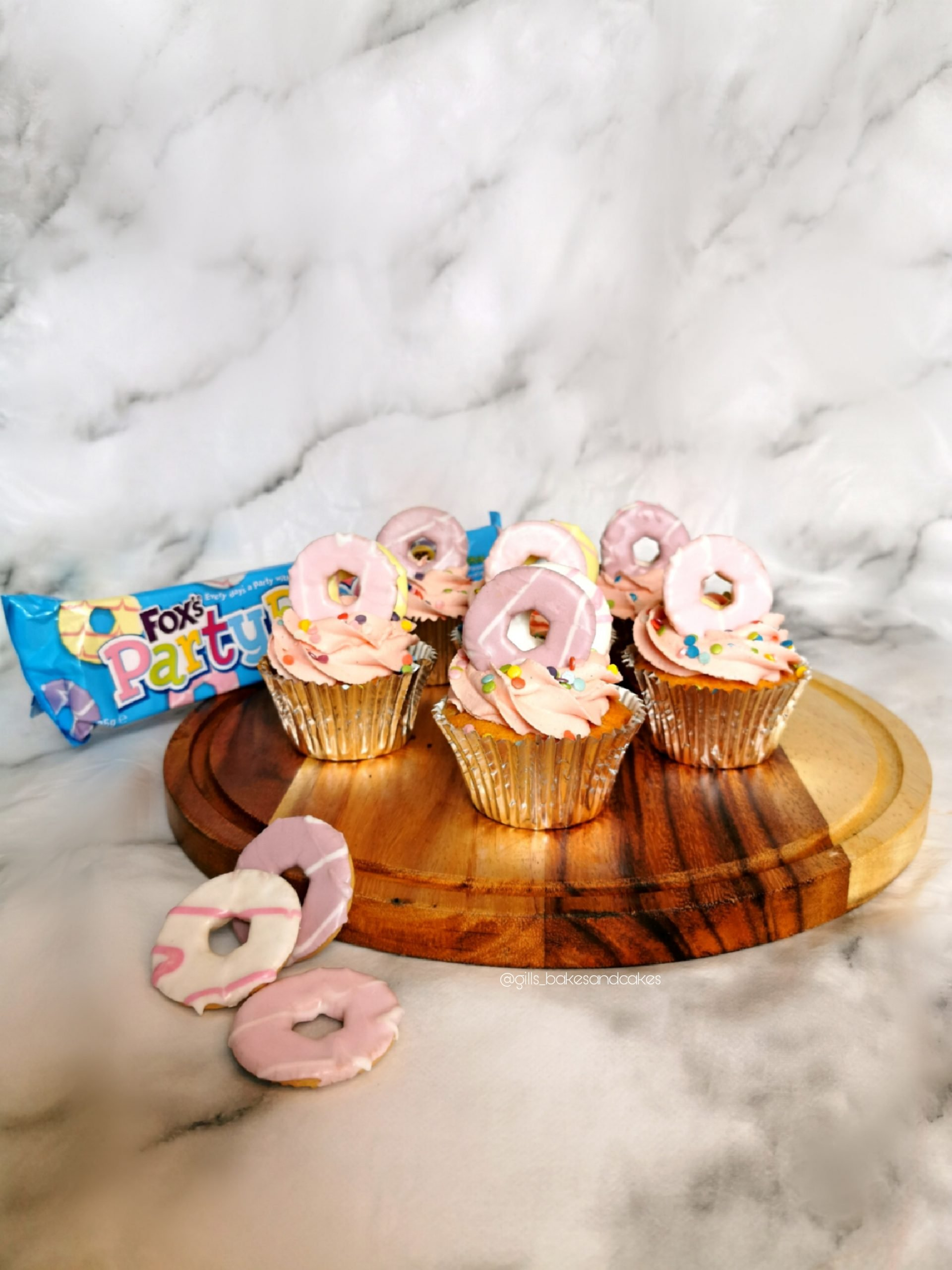 Vanilla Party Ring Cupcakes