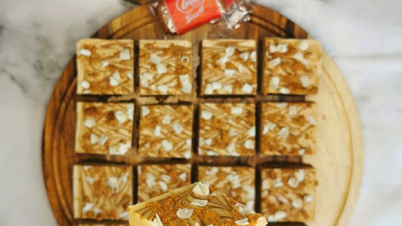 White Chocolate Biscoff Millionaires Squares